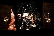 Ipatinga, 27 de Setembro de 2009...Imagens novo espetaculo NO PIREX, do Grupo de Teatro Armatrux...Foto: BRUNO MAGALHAES / NITRO