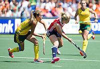 THE HAGUE - South Africa (RSA) vs England. Sophie Bray (r) with Celia Evans. . COPYRIGHT KOEN SUYK