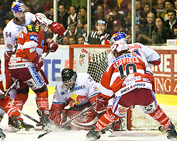 14.04.2011, Stadthalle, Klagenfurt, AUT, EBEL, EC KAC vs EC RED BULL SALZBURG, im Bild Andre Lakos (RBS, #64), Tylor Spurgeon (Kac, #9), Thomas Höneckl (RBS, #30), Tylor Scofield (Kac, #10), EXPA Pictures © 2011, PhotoCredit: EXPA/ G. Steinthaler