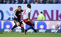 Fotball<br /> Tyskland<br /> 28.05.2015<br /> Foto: Witters/Digitalsport<br /> NORWAY ONLY<br /> <br /> 0:1 Tor v.l. Torschuetze Rouwen Hennings, Johan Djourou (HSV)<br /> Fussball Bundesliga, Relegation Hinspiel, Hamburger SV - Karlsruher SC