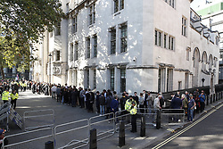 © Licensed to London News Pictures. 17/09/2019. London, UK. People line up outside The Supreme Court. Today the court will start hearing appeals on the Scottish and English courts decisions on the government's proroguing of Parliament. Photo credit: Peter Macdiarmid/LNP