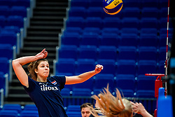 18-10-2018 JPN: World Championship Volleyball Women day 19, Yokohama<br /> Training day Netherlands in Yokohama Arena / Juliet Lohuis #7 of Netherlands