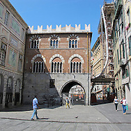 Genova: Palazzo San Giorgio. Genoa, San Giorgio palace.