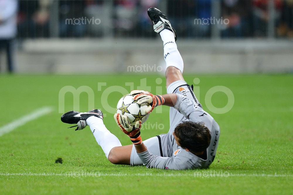 FUSSBALL   CHAMPIONS LEAGUE   SAISON 2012/2013   GRUPPENPHASE   FC Bayern Muenchen - FC Valencia                            19.09.2012 Torwart Diego Alves (Valencia CF)