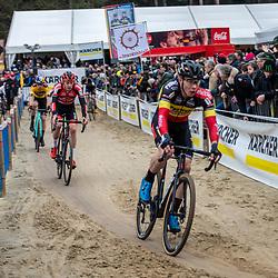 2020-02-08 Cycling: dvv verzekeringen trofee: Lille: Laurens Sweeck chasing