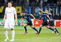 Milano, 05/04/2011<br /> Champions League/Inter-Schalke 04<br /> Gol Inter: Stankovic esulta con Chivu e Ranocchia
