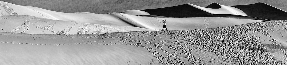 Mesquite Flat Sand Dunes in Death Valley National Park in the early morning