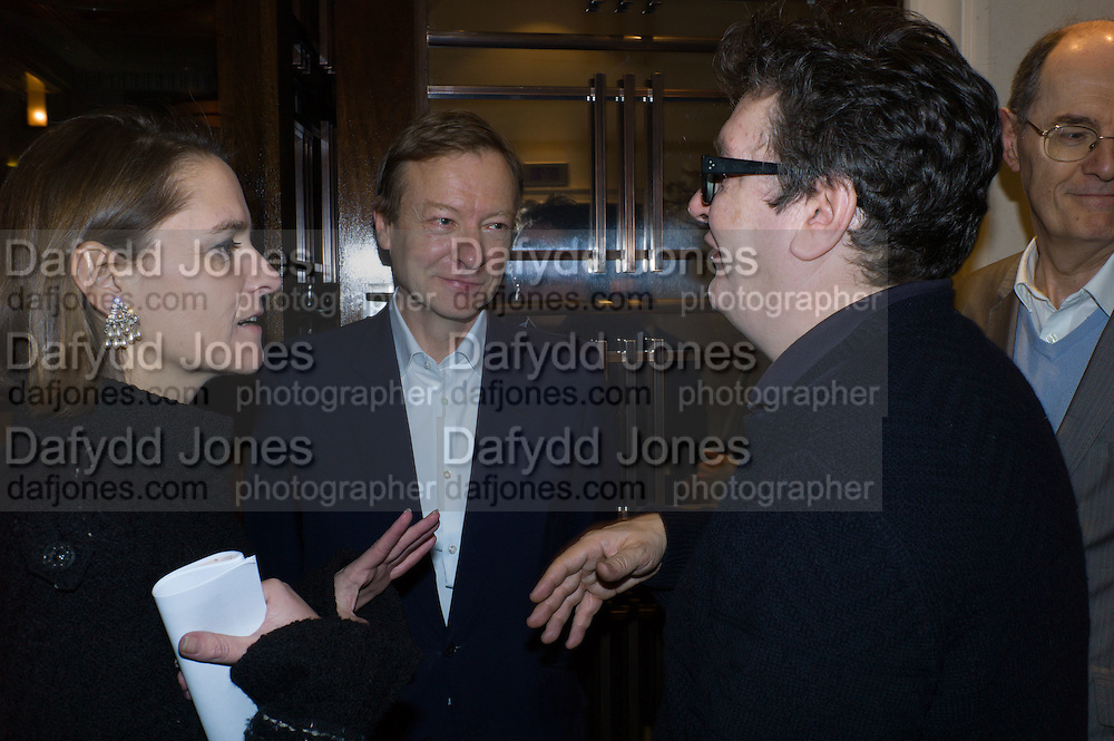 RICHARD GREER; MARK WALLINGER, Anish Kapoor and Lee Ufan preview dinner hosted by the Lisson Gallery after the opening on Bell St. The Connaught. London. 23 March 2015