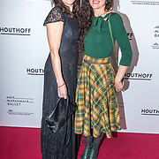 NLD/Amsterdam/20190316  - Premiere balletvoorstelling Het Zwanenmeer, Susan Visser met haar zus ......