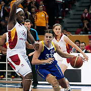 Galatasaray's Tina CHARLES (L) and Lotos Gdynia's Ivana JALCOVA (C) during their woman Euroleague group A matchday 5 Galatasaray between Lotos Gdynia at the Abdi Ipekci Arena in Istanbul at Turkey on Wednesday, November 09 2011. Photo by TURKPIX
