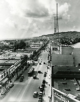 1935 Looking west on Hollywood Blvd. from Ivar St.