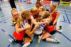 20150425 NED: Eredivisie VC Sneek - Eurosped, Sneek<br />Speelsters van VC Sneek vieren het landskampioenschap 2014 - 2015<br />©2015-FotoHoogendoorn.nl / Pim Waslander