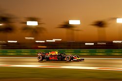 November 24, 2018 - Abu Dhabi, United Arab Emirates - Motorsports: FIA Formula One World Championship 2018, Grand Prix of Abu Dhabi, World Championship;2018;Grand Prix;Abu Dhabi,  , #33 Max Verstappen (NDL, Red Bull Racing) (Credit Image: © Hoch Zwei via ZUMA Wire)