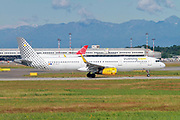 Vueling Airlines Airbus A321-200 (EC-MLD) ready for takeoff at Linate Airport, Milan, Italy