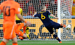 11-07-2010 VOETBAL: FIFA WK FINALE NEDERLAND - SPANJE: JOHANNESBURG<br /> Andres Iniesta erzielt das entschiedende, Goldtor das Spanien zum Fussballweltmeister 2010 in Sudafrika macht<br /> EXPA Pictures © 2010 EXPA/ InsideFoto/ Perottino - ©2010-WWW.FOTOHOOGENDOORN.NL<br /> *** ATTENTION *** FOR NETHERLANDS USE ONLY!
