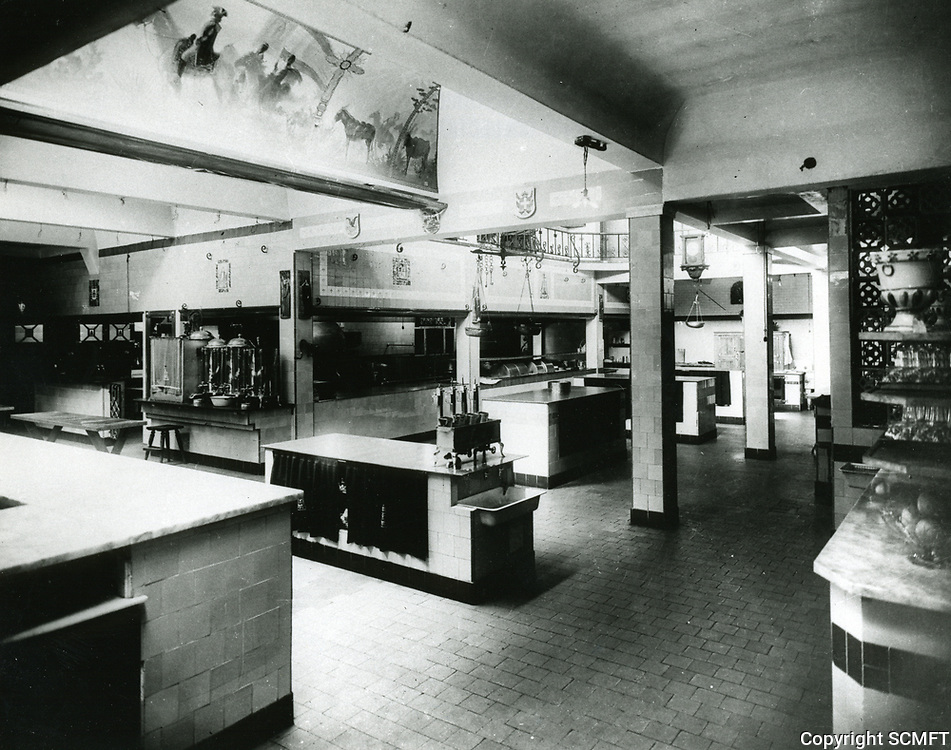 1930 Interior of the kitchen at Cafe Montmartre on Hollywood Blvd.