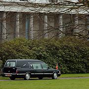 Overbrengen overleden prinses Juliana van paleis Soestdijk naar Noordeinde