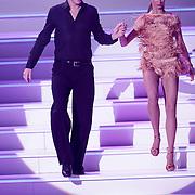 NLD/Hilversum/20120901 - 2de liveshow AVRO Strictly Come Dancing 2012, Mark van Eeuwen en danspartner Jessica Maybury