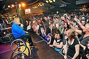 Nederland, Haalderen, 14-5-2011Dorpsfeest met optreden in de feesttent van Koos Alberts.Foto: Flip Franssen/Hollandse Hoogte