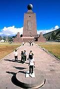 ECUADOR, HIGHLANDS La Mitad del Mundo, Equator Mon.