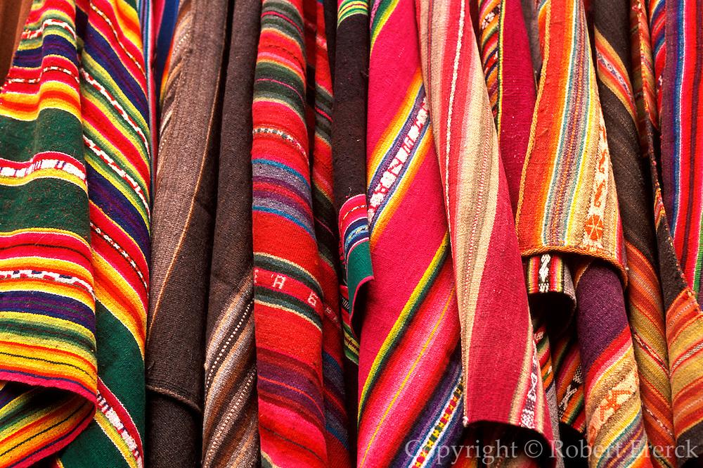 PERU, HIGHLANDS, MARKETS Pisac; famous craft market; textiles