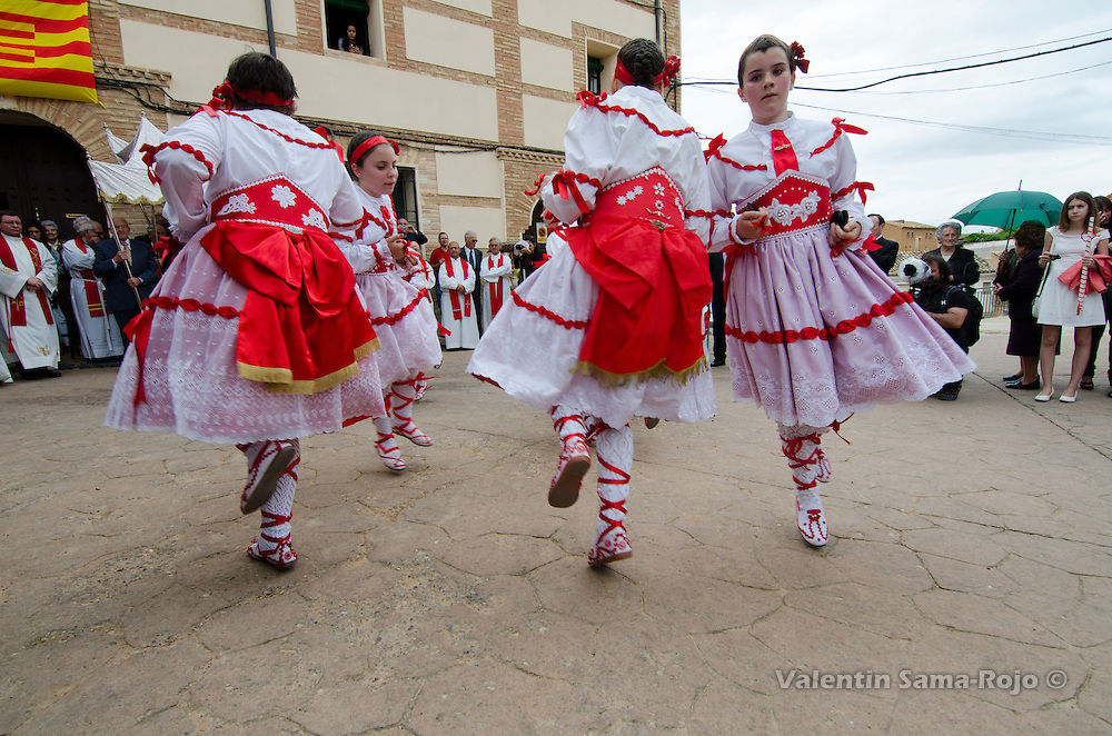 Dancers dancing in a square of Cetina during St. Juan Lorenzo festivity.