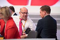 DEU, Deutschland, Germany, Leipzig, 22.11.2019: Bundeswirtschaftsminister Peter Altmaier (CDU) im Gespäch mit  Sachsens Ministerpräsident Michael Kretschmer (CDU) beim Bundesparteitag der CDU in der Messe Leipzig.