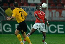 09-05-2007 VOETBAL: PLAY OFF: UTRECHT - RODA: UTRECHT<br /> In de play-off-confrontatie tussen FC Utrecht en Roda JC om een plek in de UEFA Cup is nog niets beslist. De eerste wedstrijd tussen beide in Utrecht eindigde in 0-0 / Francis Dickoh <br /> ©2007-WWW.FOTOHOOGENDOORN.NL