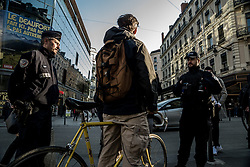 March 27, 2019 - Lyon, France - Prevention operation of the national police in collaboration with the Rhône prefecture and the association Prévention Routière to inform cyclists of the dangers of the road and remind them of the highway code in Lyon, France, on 27 March, 2019. (Credit Image: © Nicolas Liponne/NurPhoto via ZUMA Press)