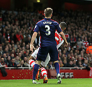 Manchester United's Luke Shaw twists his ankle and goes off injured<br /> <br /> Barclays Premier League- Arsenal vs Manchester United - Emirates Stadium - England - 22nd November 2014 - Picture David Klein/Sportimage