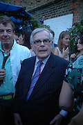 Dominick Dunne. Spectator party. Doughty St. London. 28 July 2005. ONE TIME USE ONLY - DO NOT ARCHIVE  © Copyright Photograph by Dafydd Jones 66 Stockwell Park Rd. London SW9 0DA Tel 020 7733 0108 www.dafjones.com