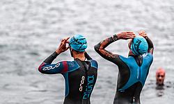 26.08.2018, Zell am See Kaprun, AUT, IRONMAN 70.3 Salzburg, im Bild Athleten bereiten sich am Schwimmstart vor // during IRONMAN 70.3, Salzburg at Zell am See- Kaprun, Austria on 2018/08/26. EXPA Pictures © 2018, PhotoCredit: EXPA/ JFK