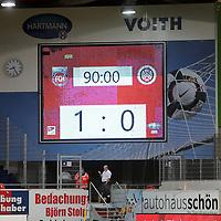 22.05.2020, Voith-Arena, Heidenheim, GER, 2.FBL, 1.FC Heidenheim vs Wehen-Wiesbaden 22.05.2020 , <br />Nur für journalistische Zwecke!<br /><br />Gemäß den Vorgaben der DFL Deutsche Fußball Liga ist es untersagt, in dem Stadion und/oder vom Spiel angefertigte Fotoaufnahmen in Form von Sequenzbildern und/oder videoähnlichen Fotostrecken zu verwerten bzw. verwerten zu lassen. <br /><br />Only for editorial use! <br /><br />DFL regulations prohibit any use of photographs as image sequences and/or quasi-video..<br />im Bild<br />Anzeigetafel mit dem Endergebnis von 1:0 für Hiedenheim <br /> Foto: Rodzinski/Wehen-Wiesbaden / via Bratic / nordphoto