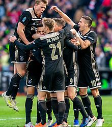 05-05-2019 NED: Cup Final Willem II - Ajax, Rotterdam<br /> Ajax has won its first prize since 2014 on Sunday evening. In the cup final, Ajax won 4-0 against Willem II / Klaas Jan Huntelaar #9 of Ajax scores 2-0, Noussair Mazraoui #12 of Ajax, Hakim Ziyech #22 of Ajax, Frenkie de Jong #21 of Ajax, Donny van de Beek #6 of Ajax, Matthijs de Ligt #4 of Ajax