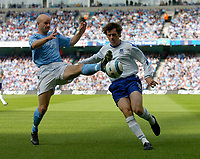 Photo. Glyn Thomas. Digitalsport<br /> Manchester City v Everton. <br /> Barclays Premiership. 11/09/2004.<br /> Manchester City's Danny Mills (L) blocks a shot from Everton's Kevin Kilbane