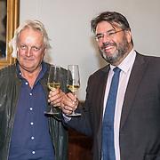 NLD/Den Haag/20180920 - Minister Ingrid van Engelshoven reikt de Life Time Achievement Award uit aan Thomas Tol, Thomas Tol en directeur Buma