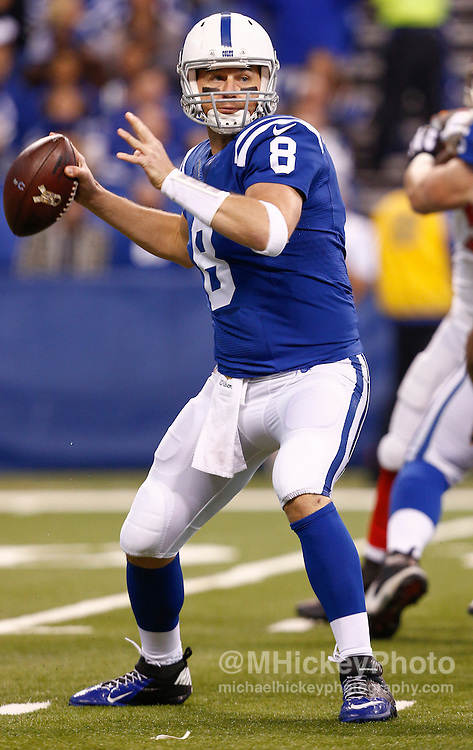 INDIANAPOLIS, IN - NOVEMBER 29 : Matt Hasselbeck #8 of the Indianapolis Colts drops back to pass the ball against the Tampa Bay Buccaneers at Lucas Oil Stadium on November 29, 2015 in Indianapolis, Indiana. Indianapolis defeated Tampa Bay 25-12. (Photo by Michael Hickey/Getty Images) *** Local Caption *** Matt Hasselbeck