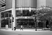 01 OCTOBER 2020 - DES MOINES, IOWA:  The Panera Bakery and Restaurant in Des Moines closed on September 30. The economy in downtown Des Moines is still feeling the affects of the COVID-19 shutdown ordered in March. Seven months after the shutdown, employers still have their workers working from home. Restaurants, barbershops, and retail are feeling the impact. Many have closed or cut back on workers and hours.       PHOTO BY JACK KURTZ