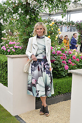 LINDA BARKER at the 2015 RHS Chelsea Flower Show at the Royal Hospital Chelsea, London on 18th May 2015.