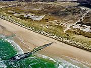 Nederland, Noord-Holland, Bergen, 07-05-2021; strandhoofd (strekdam), Noordzeestrand, tussen Schoorl en Bergen aan Zee.<br /> Strandhoofd (breaking dam), North Sea Beach, between Schoorl and Bergen aan Zee<br /> <br /> luchtfoto (toeslag op standaard tarieven);<br /> aerial photo (additional fee required)<br /> copyright © 2021 foto/photo Siebe Swart