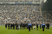 Photo: Andrew Unwin.<br /> Newcastle United v Chelsea. The Barclays Premiership. 07/05/2006.<br /> Newcastle complete a lap of honour to an almost-full stadium.