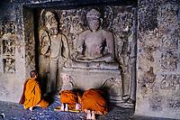 Inde, état de Maharashtra, Ellora, grottes d'Ellora classées au Patrimoine mondial de l'UNESCO, grotte N°12 // India, Maharashtra, Ellora cave temple, Unesco World Heritage, cave N°12