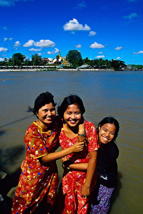 Kyauktan Pagoda (a.k.a. Ye Le Paya), in the middle of the river, near Syriam, Burma (Myanmar)