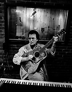 Gerry Rafferty at home in 1988
