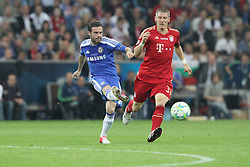 19.05.2012, Allianz Arena, Muenchen, GER, UEFA CL, Finale, FC Bayern Muenchen (GER) vs FC Chelsea (ENG), im Bild Juan MATA (FC Chelsea), links, zieht. Rechts Bastian SCHWEINSTEIGER (Bayern Muenchen) // during the Final Match of the UEFA Championsleague between FC Bayern Munich (GER) vs Chelsea FC (ENG) at the Allianz Arena, Munich, Germany on 2012/05/19. EXPA Pictures © 2012, PhotoCredit: EXPA/ Eibner/ Eckhard Eibner..***** ATTENTION - OUT OF GER *****