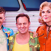 NLD/Amsterdam20151111 - Premiere Priscilla, Queen of the Desert, cast met Jason Donovan