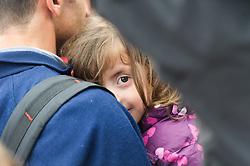 05.09.2015, Grenzbereich, Nickelsdorf, AUT, Flüchtlinge in Österreich angekommen, im Bild Kind // refugees arriving austria in Nickelsdorf on 2015/09/05, EXPA Pictures © 2015, PhotoCredit: EXPA/ Michael Gruber