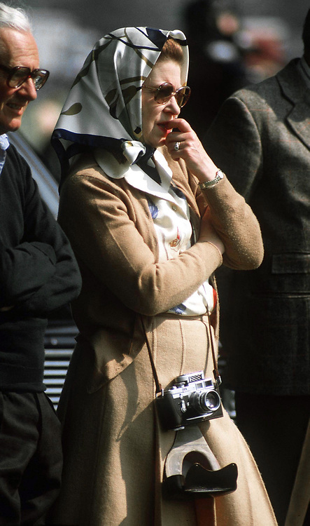 WINDSOR. THE QUEEN SEEN AT WINDSOR HORSE SHOW WITH HER CAMERA ROUND HER NECK. MAY 1982. PHOTO BY JAYNE FINCHER.