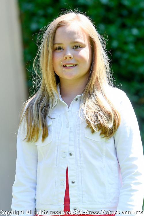 Prinsessen tijdens de Zomerfotosessie 2018 bij de Eikenhorst in Wassenaar<br /> <br /> Summer photo session 2018 at Villa de Eikenhorst in Wassenaar<br /> <br /> Op de foto / On the photo: prinses Ariane / Princess Ariane