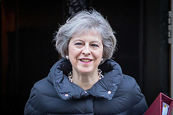 © Licensed to London News Pictures. 18/01/2017. London, UK. British Prime Minister Theresa May leaves 10 Downing Street to attend Prime Minister's Questions. Photo credit : Tom Nicholson/LNP